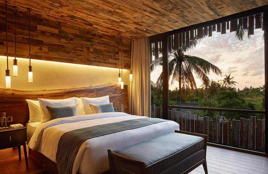 Nirhara Hotel & Villa